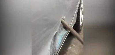 Arabaya boya yerine sıva yapan adam!