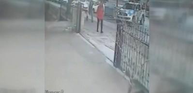 Aracını park ederken silahlı saldırıya uğradı
