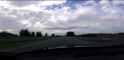 Audi'nin 200 km hızla yaptığı kaza kamerada