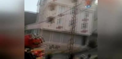 Avcılar'da ev yangınında tüpün patlama anı kamerada