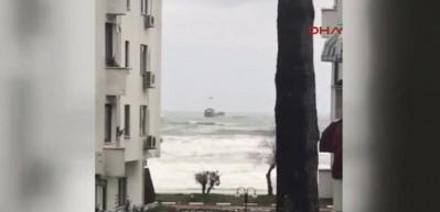 Bartın açıklarında Rus gemisi sürükleniyor!