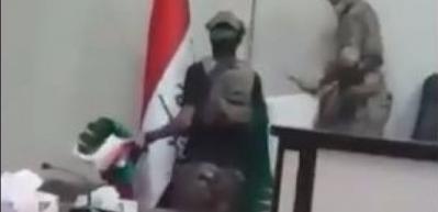 Barzani'nin bayrağı Meclis'ten böyle indirildi