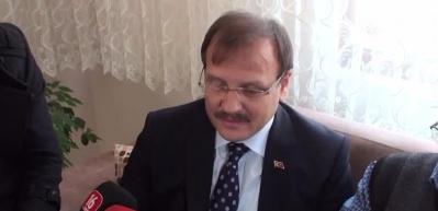 Başbakan Yardımcısı Çavuşoğlu öğretmenini unutmadı