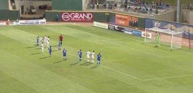Bu penaltıyı atamamak beceri ister!