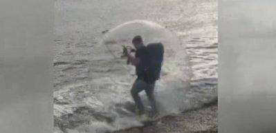 Denizde yürüdü!