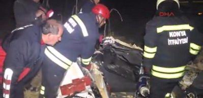 Devrilen tankerin altında kalan sürücü öldü