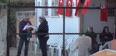 Hastanede tedavi görürken şehit olan polis toprağa verildi