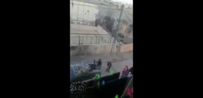 İsrail askeri hedefine çocukları aldı