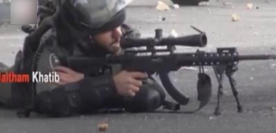 İsrailli keskin nişancının rezil olduğu o anlar kamerada!