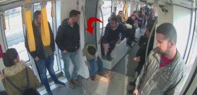 Kocaeli'de tramvayda yapılan çocuk işçiliği sosyal deneyi