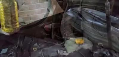 Motora ayçiçek yağı koyup çalıştırınca bakın neler oldu!