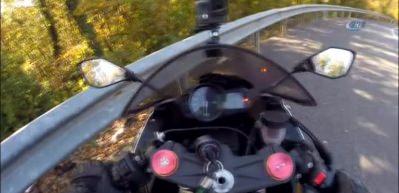 Motosiklet kazası kamerada!