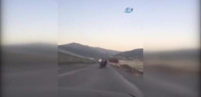 Osmaniye'de motosikletli gençlerin tehlikeli yolculuğu