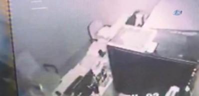 Muğla'daki deprem anı kamerada!