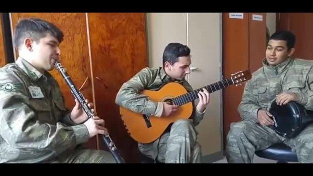Mehmetçikten muhteşem müzik ziyafeti