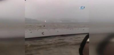Seren Serengil, Sarıyer'de sel sularında kaldı