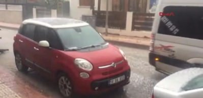 Siirt'te dolu yağışı hayatı olumsuz etkiledi