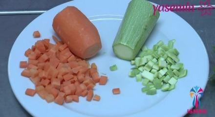 Çocuklara özel sebzeli çorba yapımı