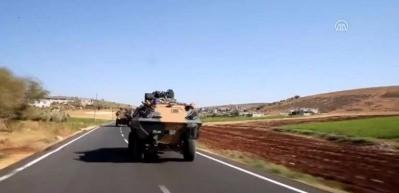 Zırhlı araçlarla Reyhanlı'ya geldiler!