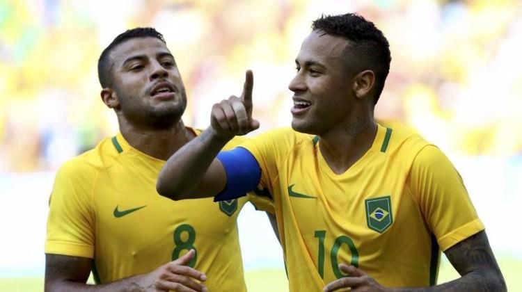 Neymar tarihe geçti!