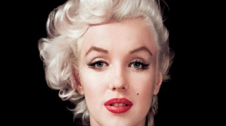 Marilyn Monroe stili ruj nasıl sürülür?