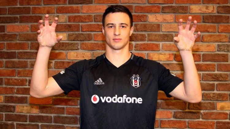 Mitrovic için garanti verdi: Kefilim!