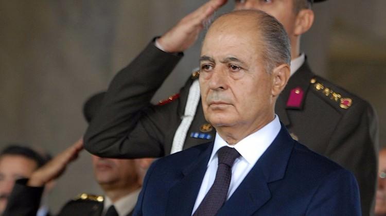 Ahmet Necdet Sezer, 'Hayır' cephesi için sahada