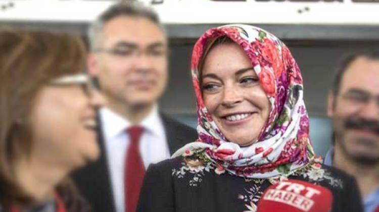 Lindsay Lohan ülkesine dönmeye korkuyor