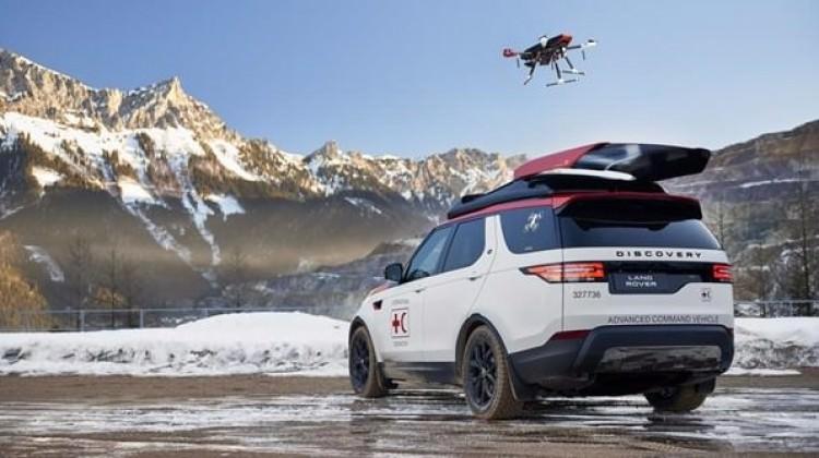 'Dron'lu Land Rover ortaya çıktı!