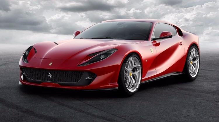 En hızlı Ferrari Türkiye'ye geliyor! Fiyatı ise...
