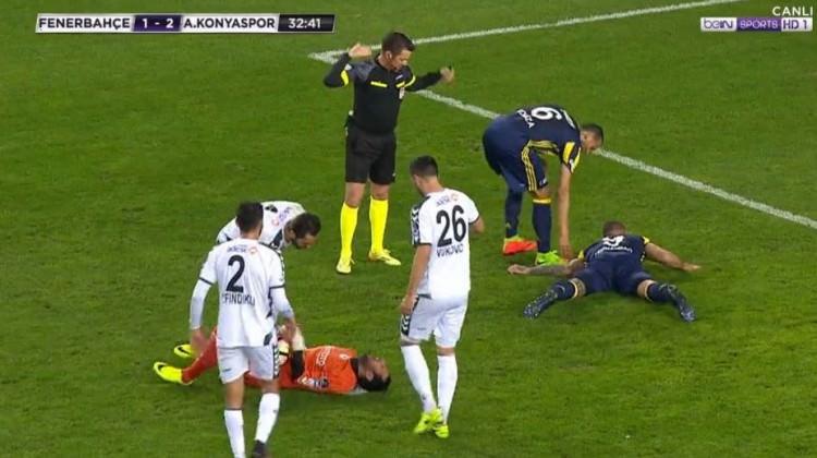 Fenerbahçeli futbolcunun kolu kırıldı!