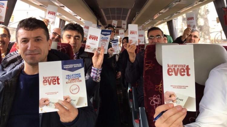 """Ak Parti """"Evet"""" kampanyasını Londra'ya taşıdı!"""