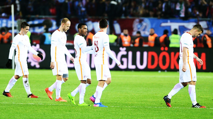 Galatasaray'da tarihi çöküş!
