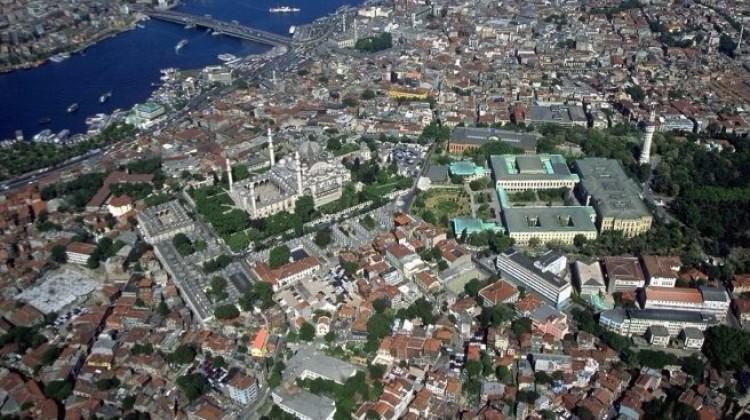 Fatih'te günlük kiraya verilen evler mühürlendi