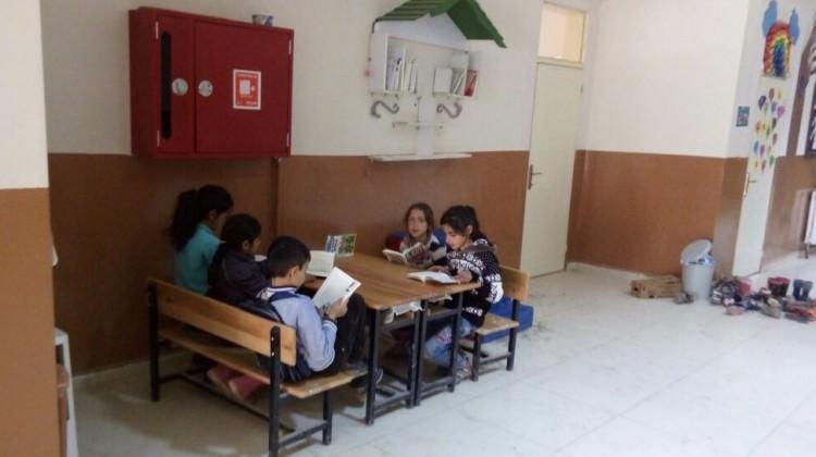 Sevindik İlkokulu'na bir el de siz uzatın!