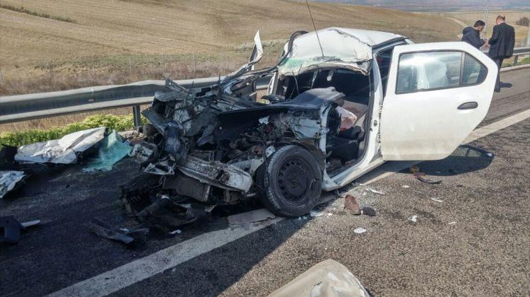 Kahramankazan'da otomobille tır çarpıştı: 1 ölü