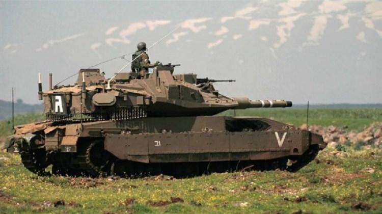İsrail Esed ordusuna füzeli saldırı başlattı