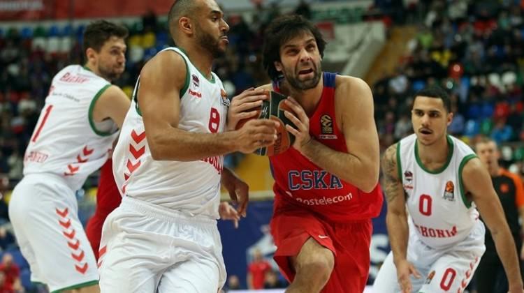 Rusya'da ilk adımı CSKA attı