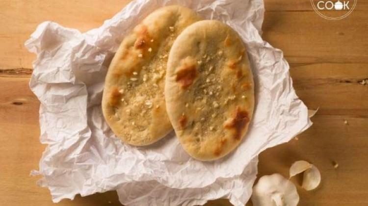 Sarımsaklı Naan ekmeği tarifi