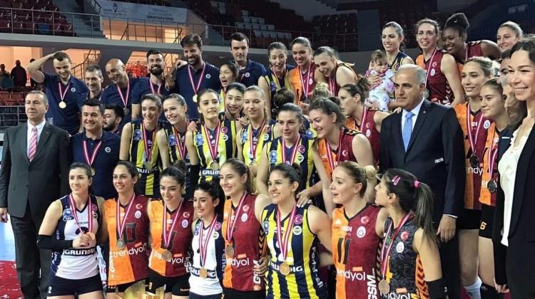 Galatasaray ve Fenerbahçe fair play ödülüne aday!