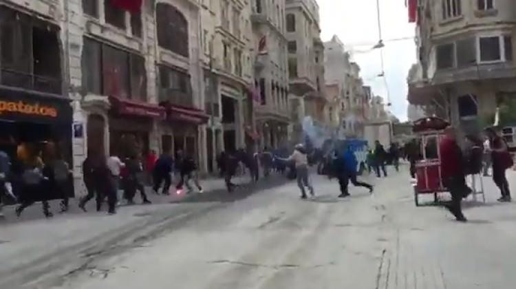Yunanlar yine ortalığı karıştırdı! Taksim'de olay