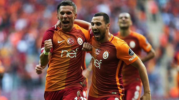 Podolski'den Sinan Gümüş'e transfer tavsiyesi
