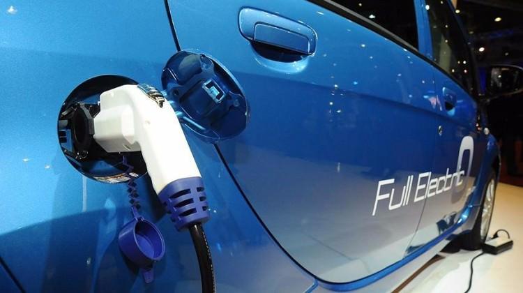 O ülke sadece elektrikli otomobil satacak