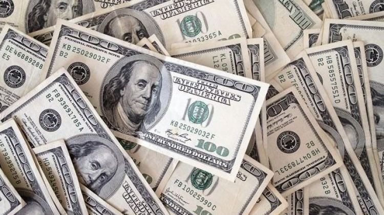 Dolar yatay seyretmeye devam ediyor