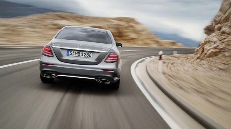 Alman devi Mercedes'i sarsan gelişme!