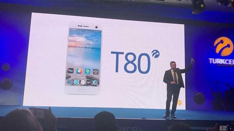 Turkcell, yeni akıllı telefonu T80'i tanıttı