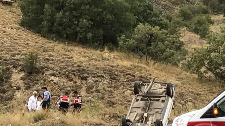 Ankara haberleri Kızılcahamam'da trafik kazası: 6 yaralı - 07 Ağustos 2017