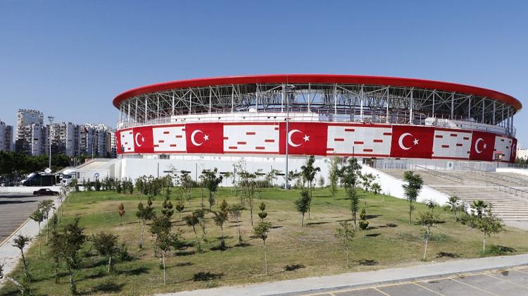 Antalya Stadı yeni ismi belli oldu!
