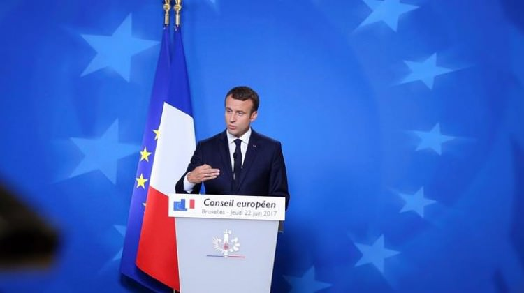 Fransızların sadece yüzde 36'sı Macron'dan memnun