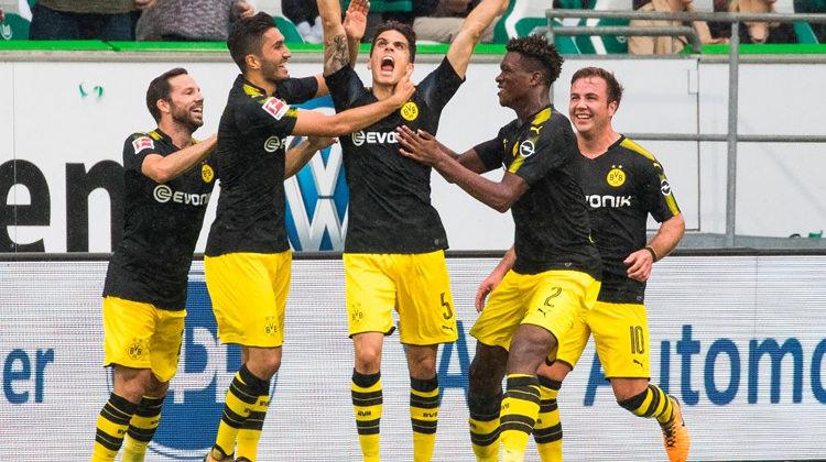 Nurili Dortmund Mario Gomezli Wolfsburg'u dağıttı